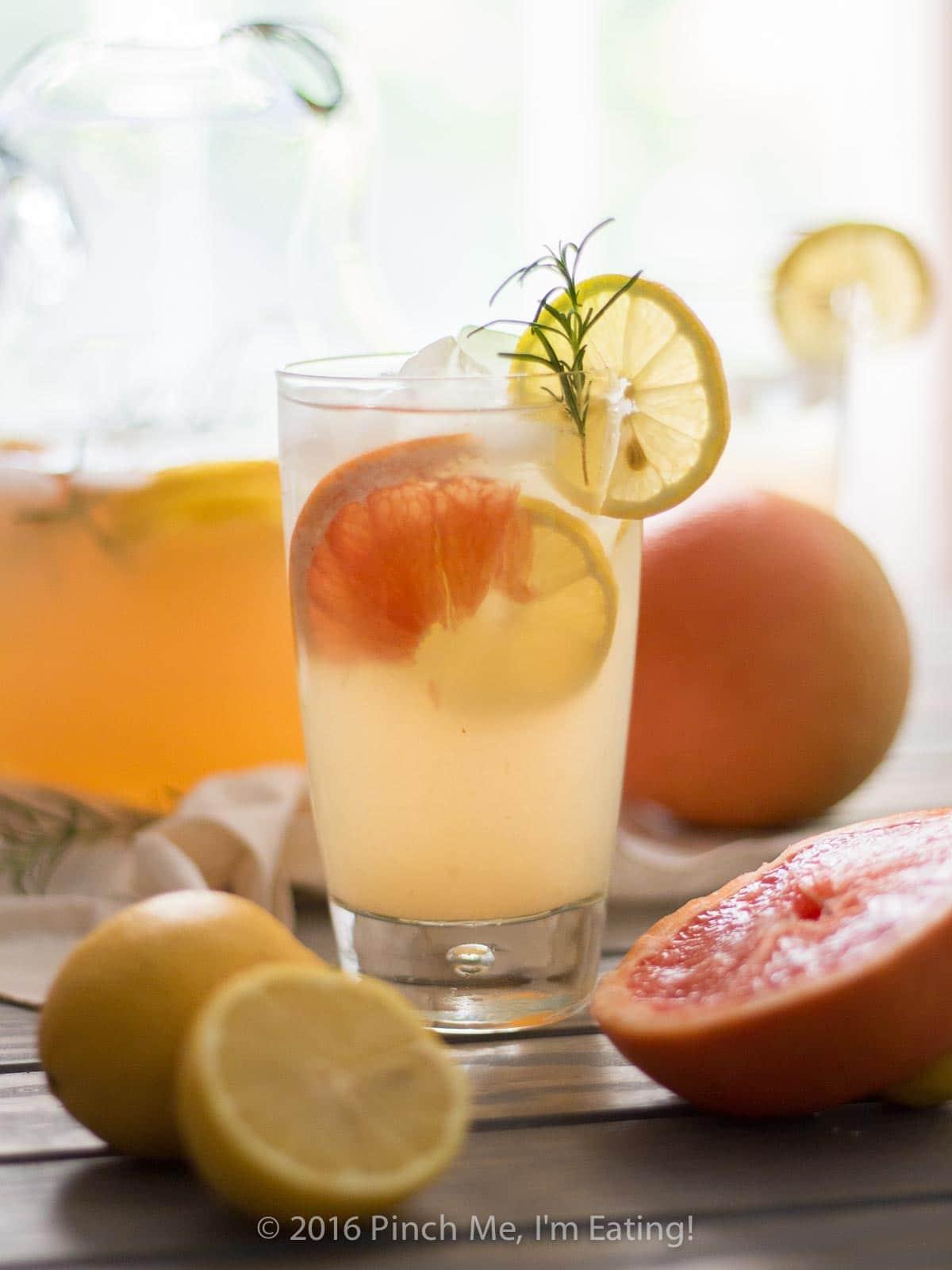 Grapefruit Rosemary Lemonade | 24 Recipes for a Casual Easter Potluck