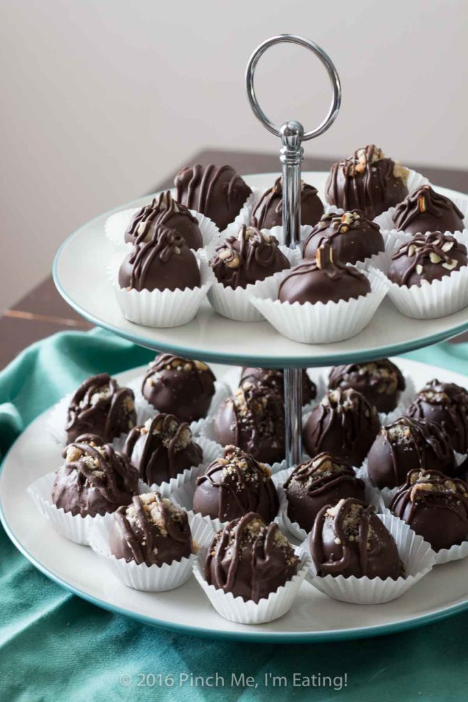 Chocolate Macadamia Nut Truffles Recipe