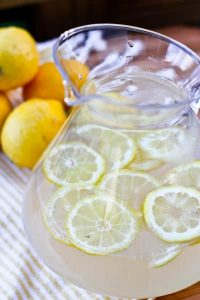 Lavender Lemonade | 24 Recipes for a Casual Easter Potluck