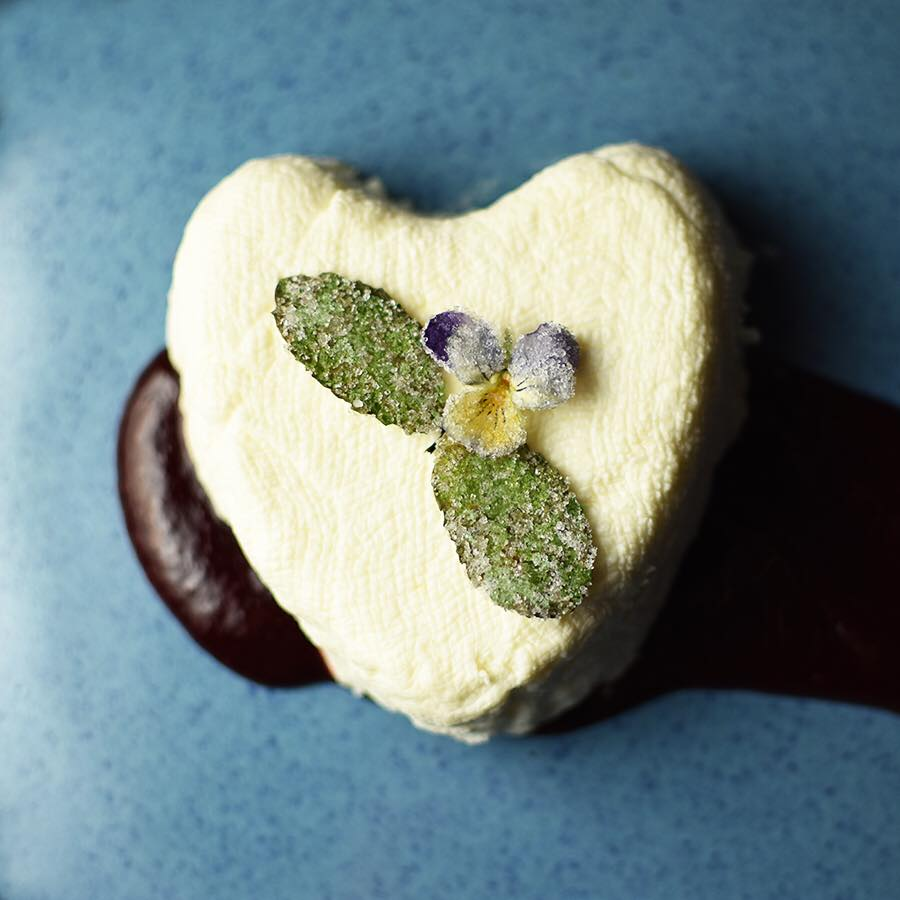 Coeur à la Crème au Citron et Lavande (Lemon-Lavender hearts with cream)