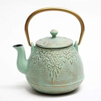 Japanese Cast Iron Teapot with Stainless Steel Infuser